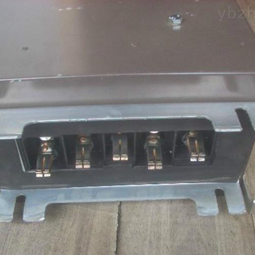 母线插接箱封闭式