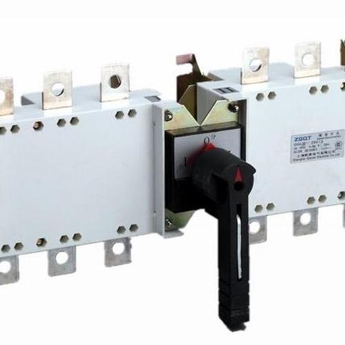 3600A高压隔相母线槽
