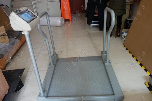 连电脑轮椅秤