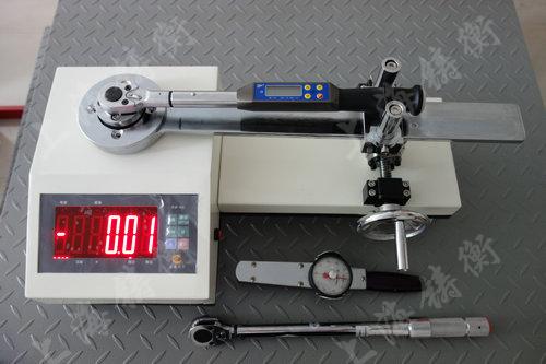 手动型数显扭矩扳手检定仪器图片